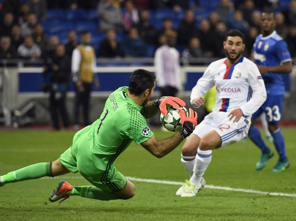 Lyon Sudah Lakukan Segalanya, tapi Gagal Taklukkan Buffon