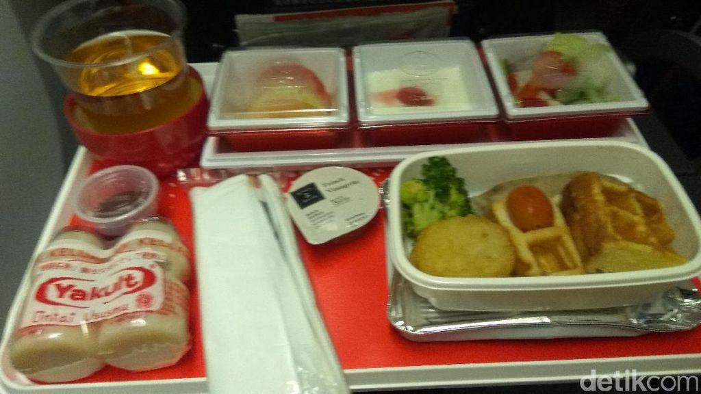 Makanan Halal dan Kabin Nyaman Saat Terbang ke Jepang