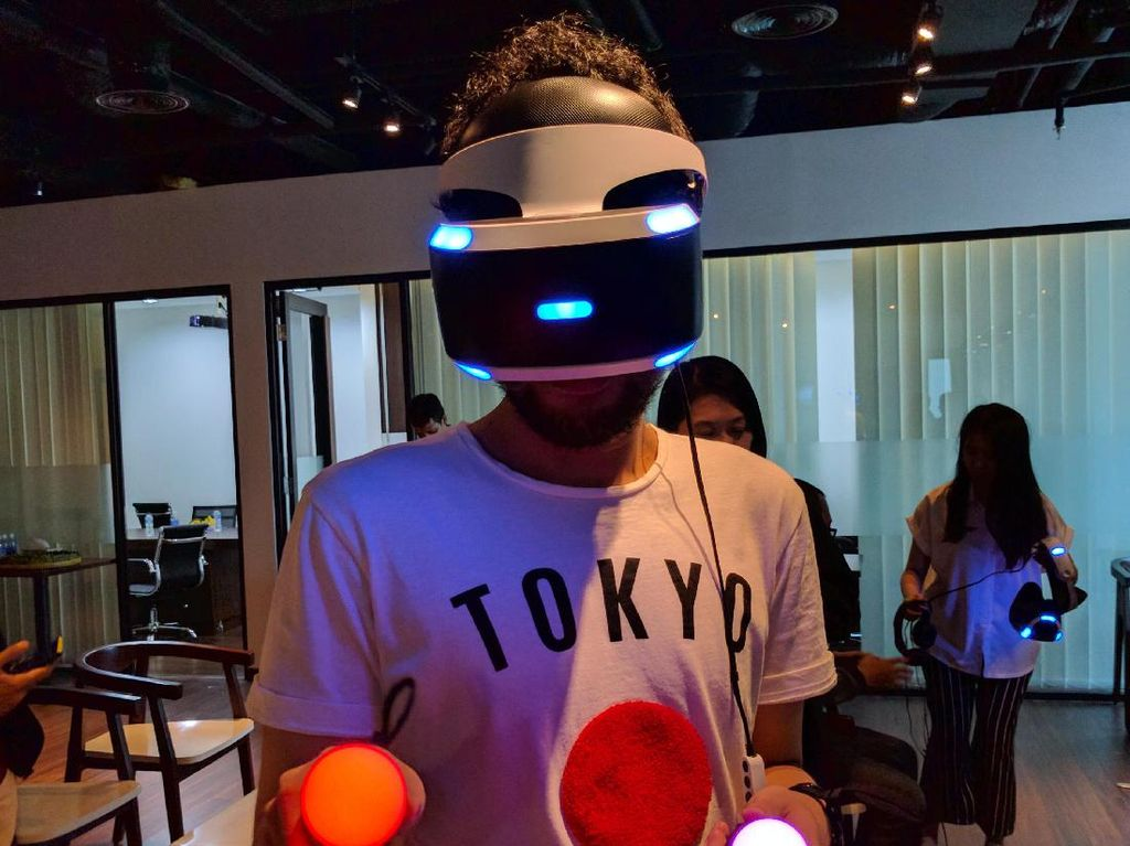 PlayStation VR Sebar Virus Virtual Reality di Indonesia