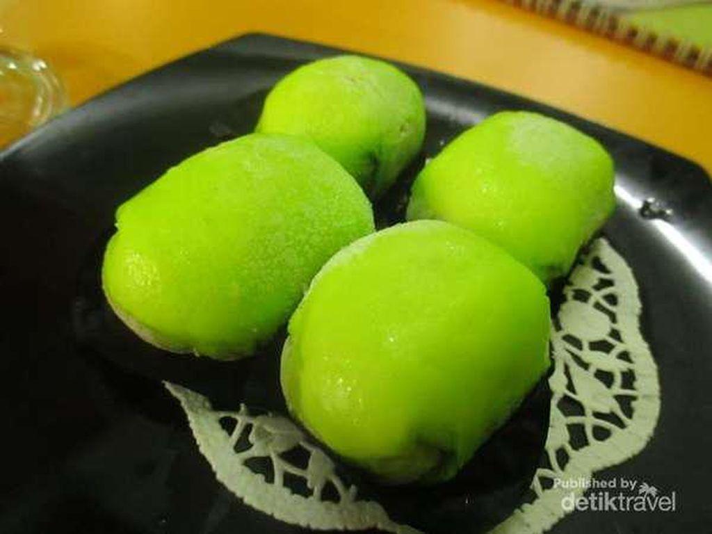 Cara Membuat Pancake Durian yang Enak dan Mudah