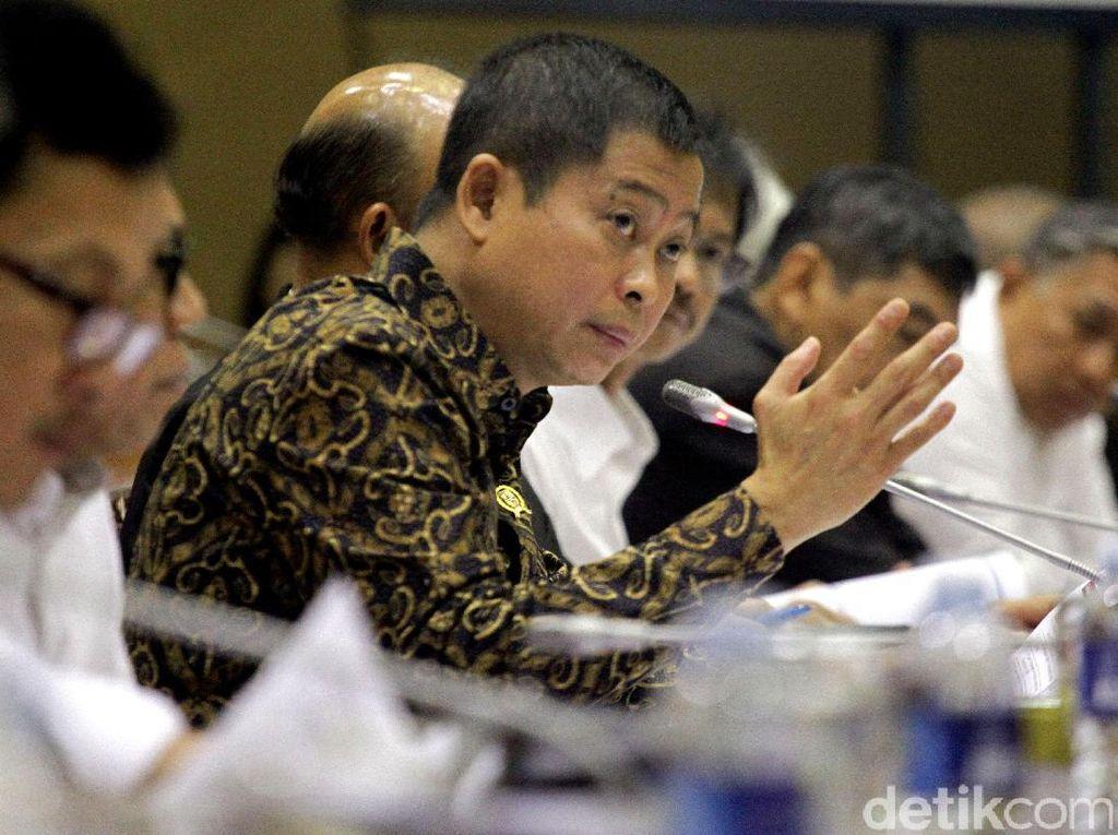Rapat Perdana Menteri Jonan Dengan DPR