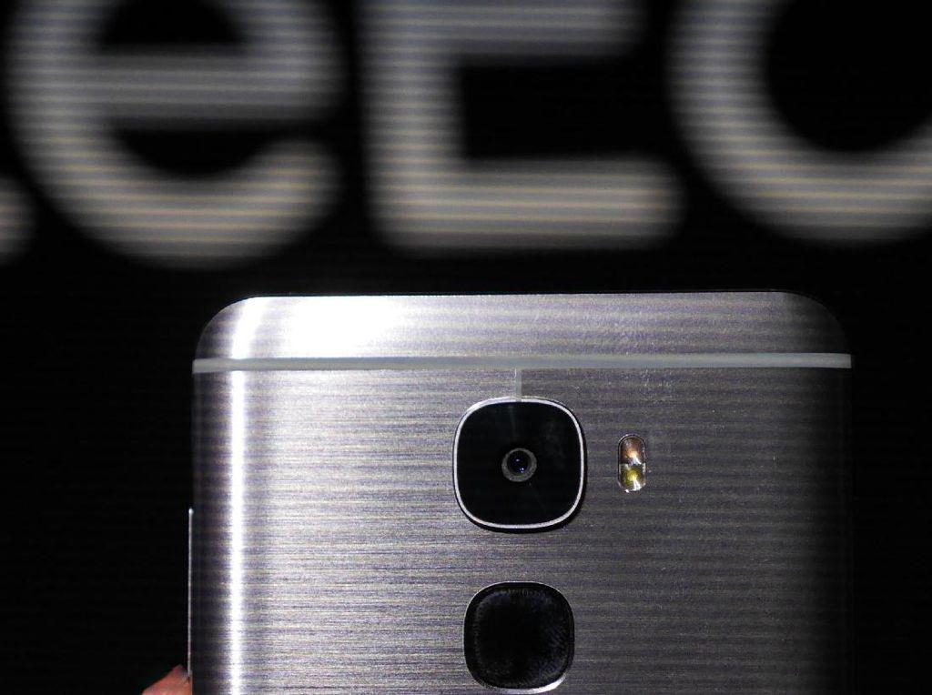 LeEco Siapkan Ponsel dengan Empat Kamera Sekaligus