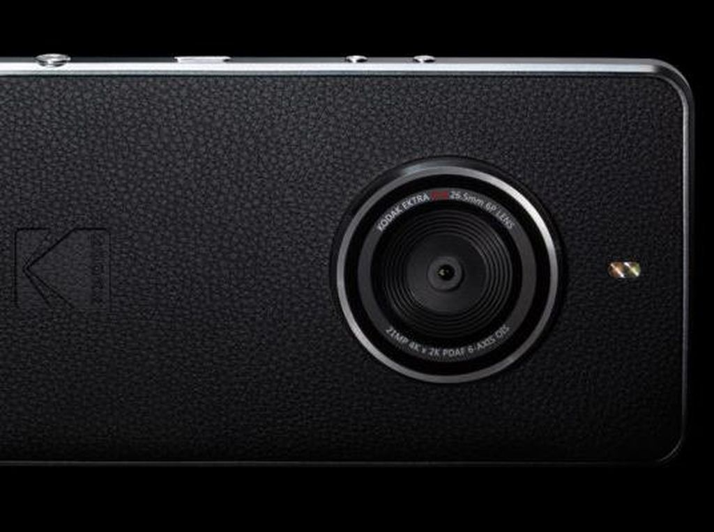 Ektra, Ponsel Kodak Bergaya Kamera Klasik