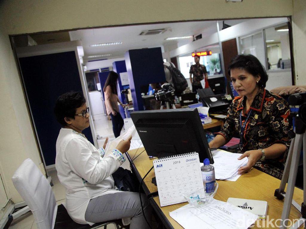 Pemohon Paspor di Cirebon Turun 60%