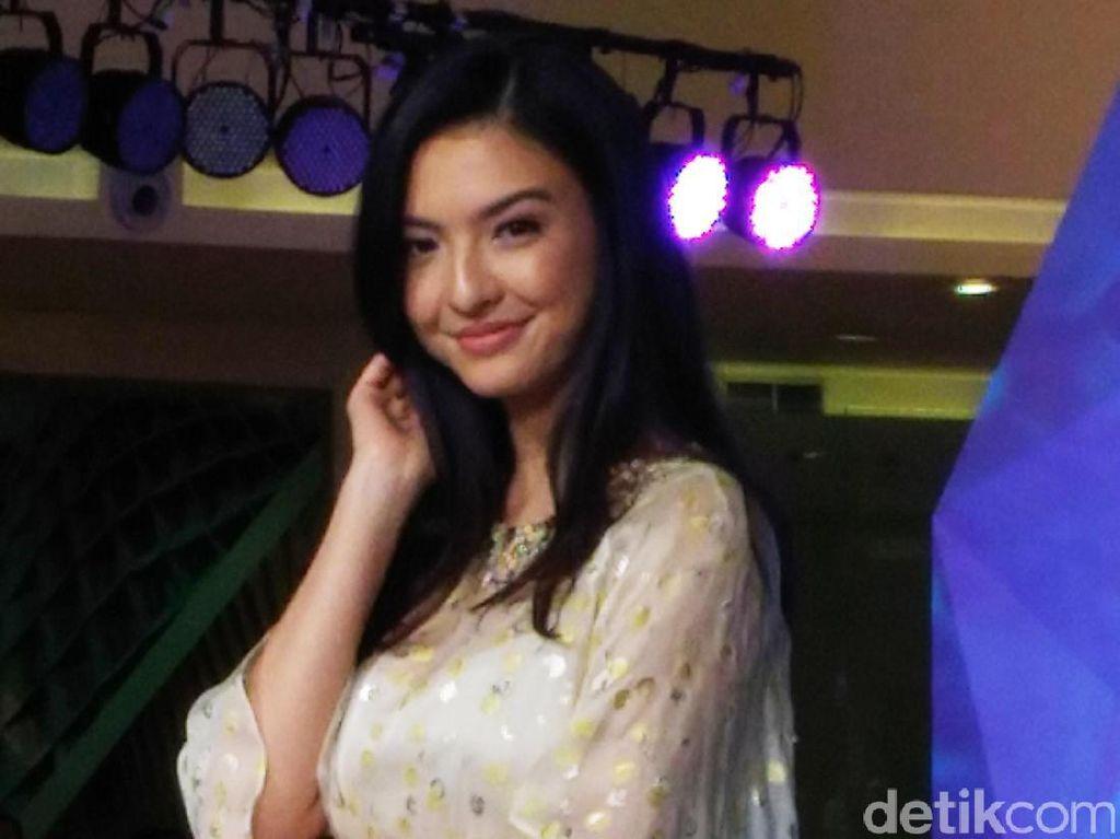 Raline Shah Dicium Orang Utan, Netter Heboh