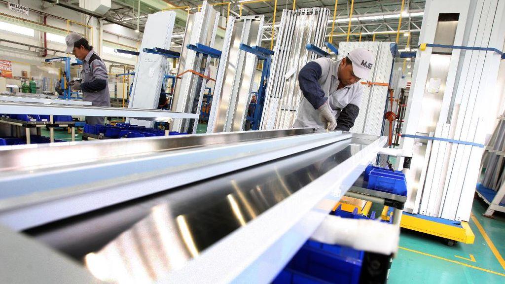Melihat Pabrik Lift dan Eskalator Mitsubishi