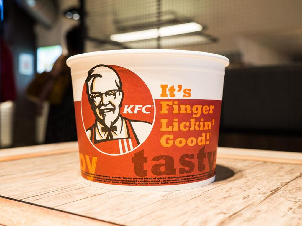 KFC Potong Gaji Karyawan hingga Tunda THR, Waralaba Lain Gimana?