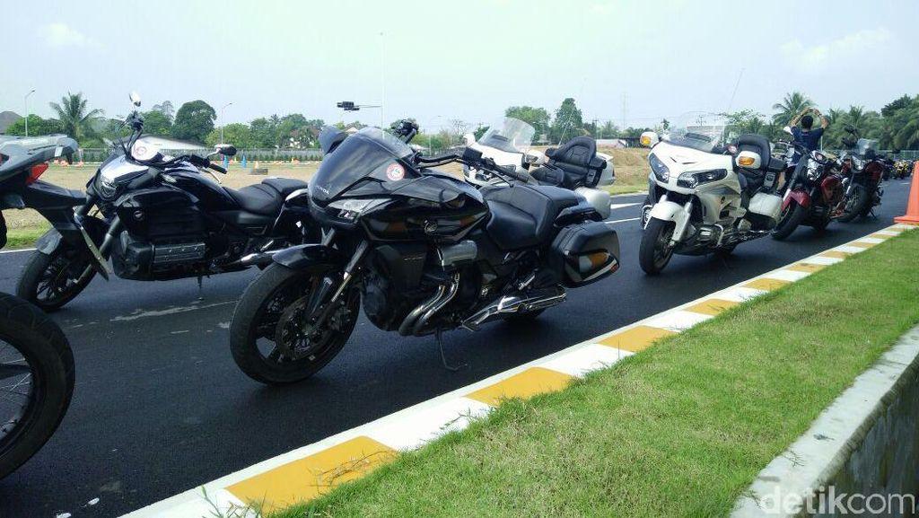 Sebelum Ngegas  dengan Moge dari Thailand-Malaysia, Latihan Safety Riding Dulu