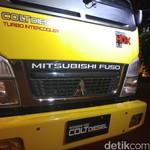 Truk Kepala Kuning Mitsubishi Akhirnya Sentuh 1 Juta Unit