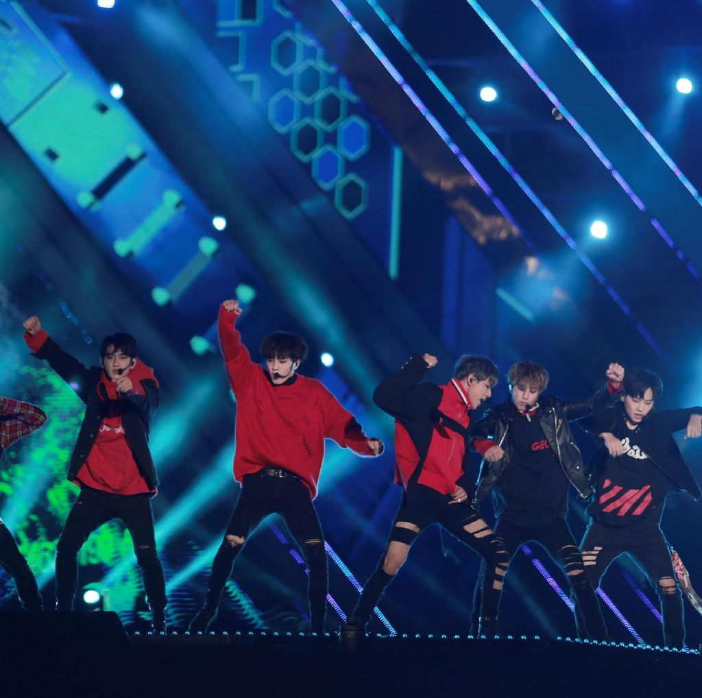 Duh, Fans Ambil Foto Jongkok BTS dan Yugyum GOT7 Saat di Toilet!