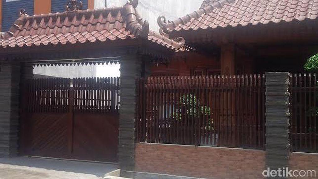 Ini Rumah Pejabat Pemkab Malang yang Terkena OTT Polisi