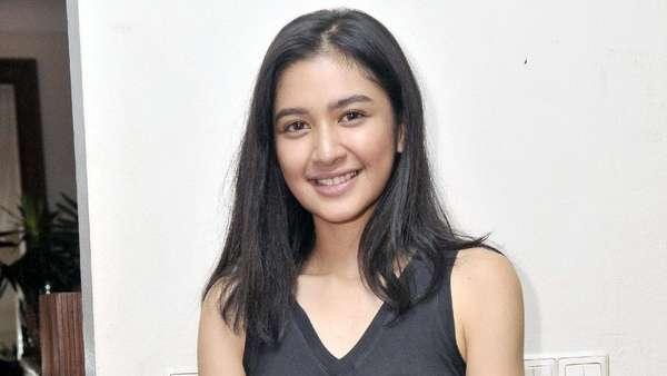 Manisnya Mikha Tambayong
