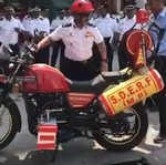 Royal Enfield Himalayan Berubah Menjadi Motor Pemadam Kebakaran