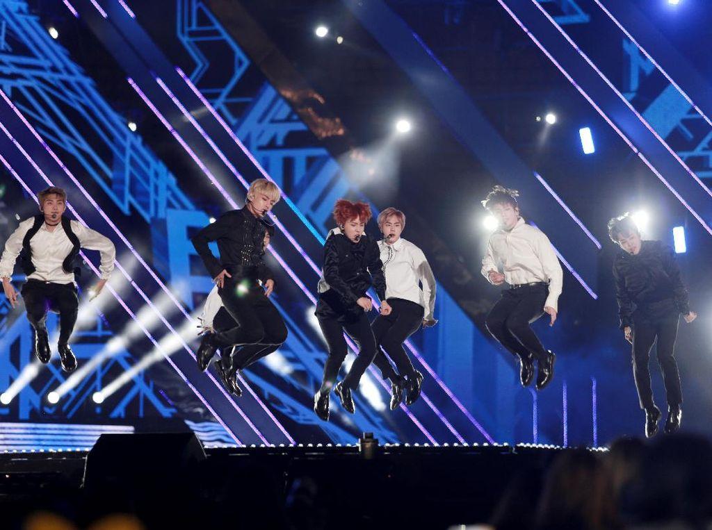 Mantan Trainee Big Hit Ungkap Kepribadian Member BTS yang Sebenarnya