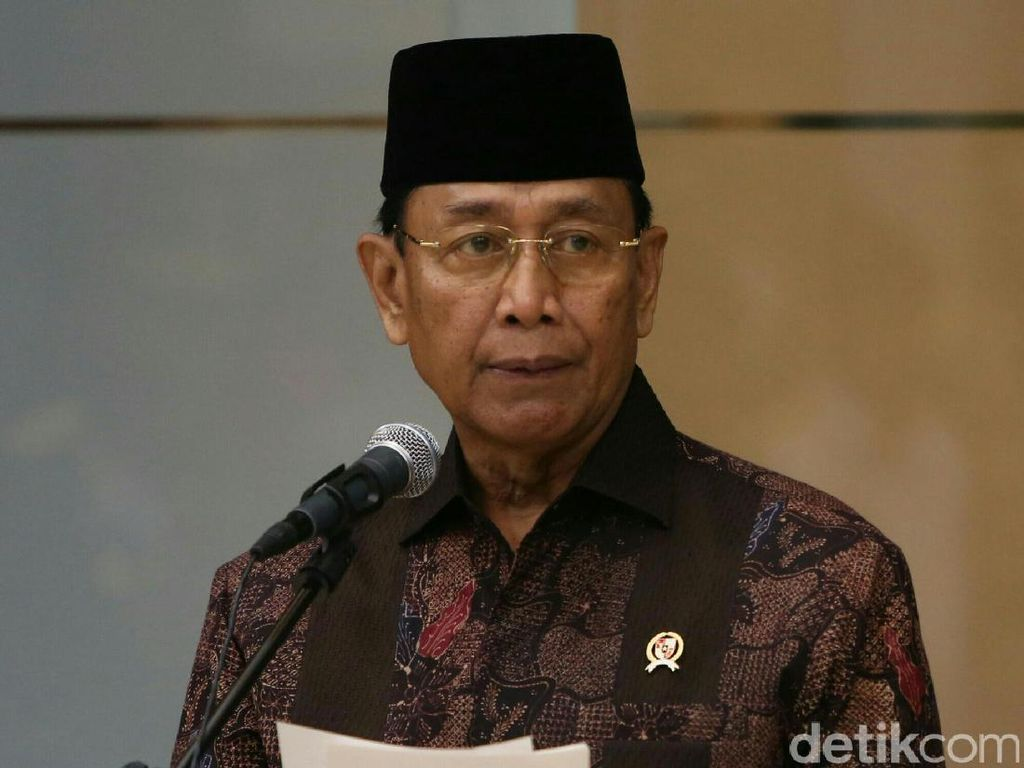 Wiranto: Penyerang Pemuka Agama Kita Tindak Sekeras-kerasnya