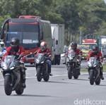 Memacu Honda CBR500R Hingga 160 Km/Jam di Jalan Tol Malaysia