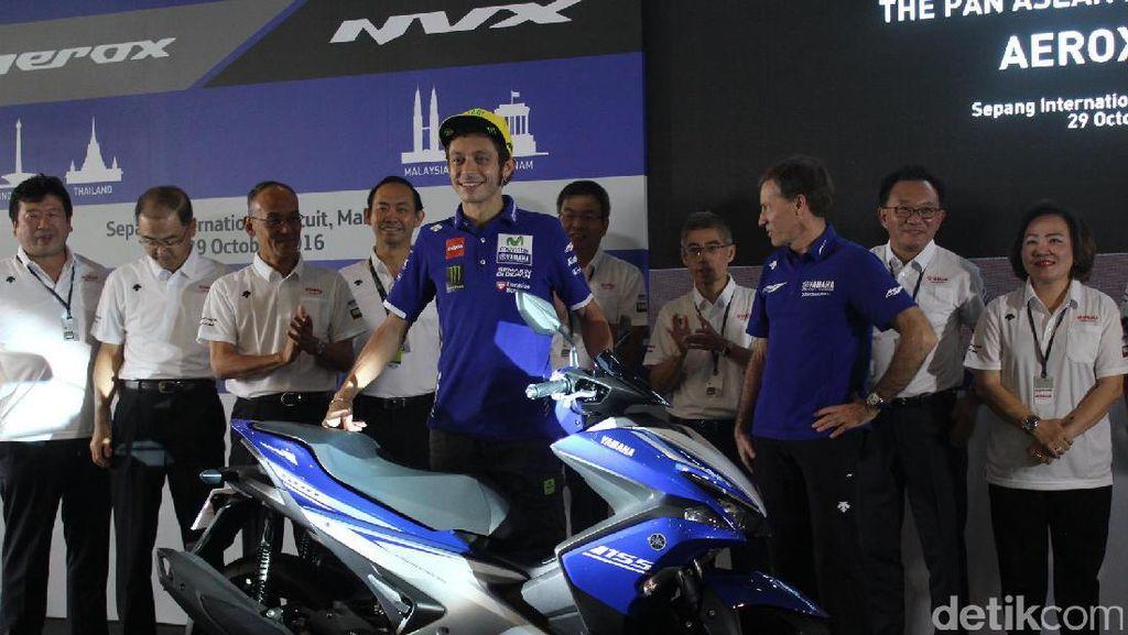 Valentino Rossi Luncurkan Skutik Sport Anyar Yamaha