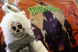 Ekspresi Anak-anak Berkostum Halloween