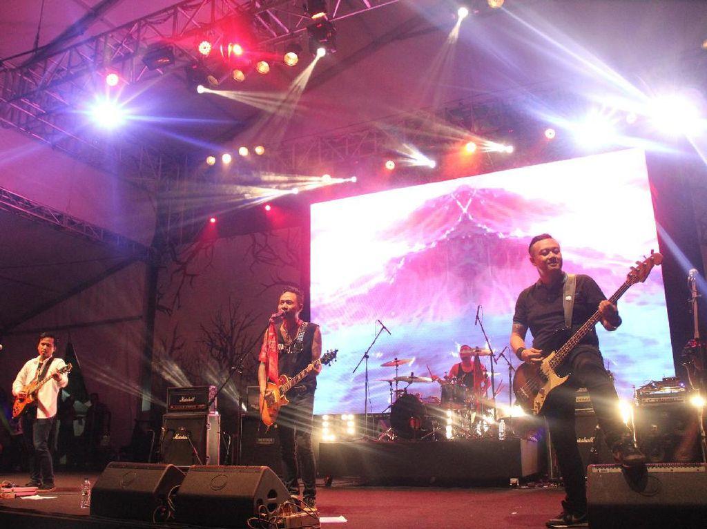 Kerumunan Konser Musik di Cibis Park yang Berujung Polisi