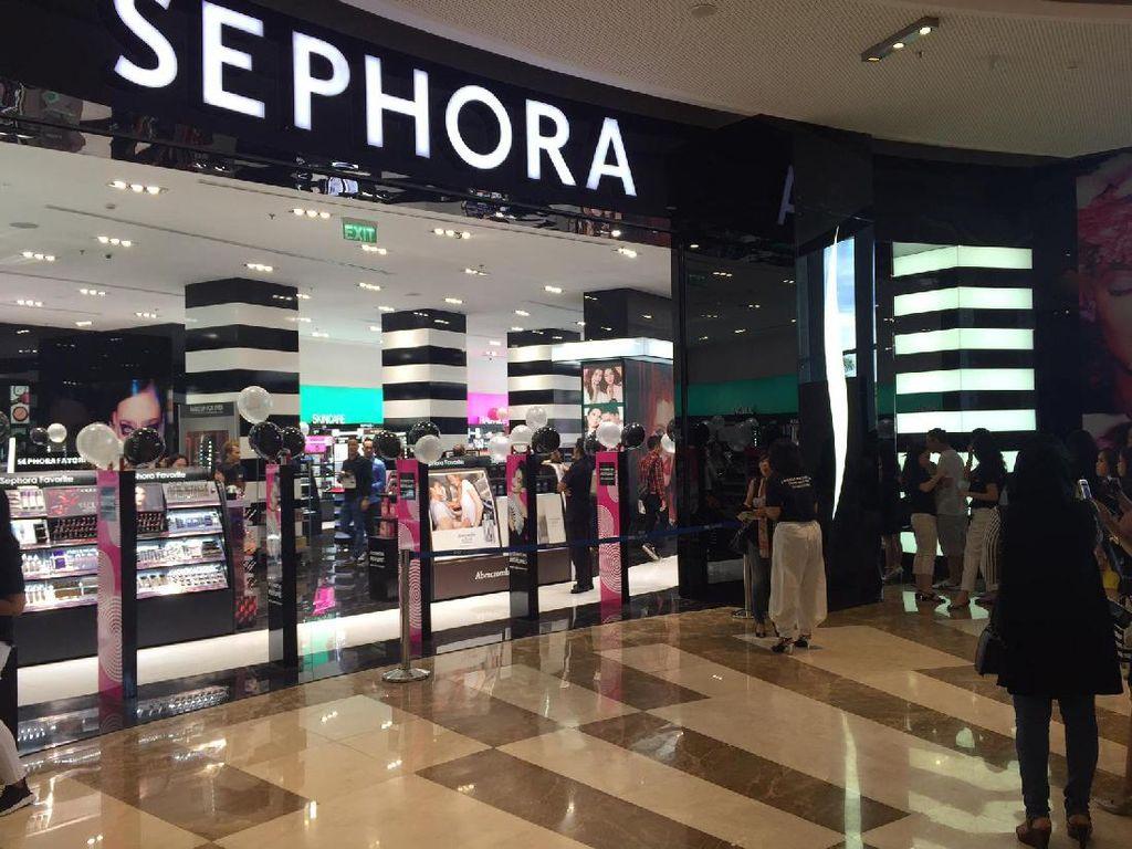 Sephora Akan Hadirkan Kelas Kecantikan Gratis Untuk Penderita Kanker