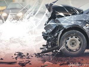 Sopir Tabrak Pejalan Kaki dan 5 Motor, 6 Orang Dilarikan ke RS
