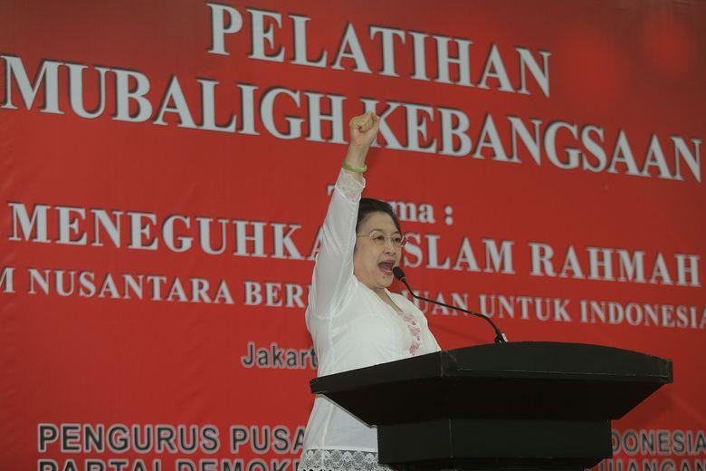 Mega: Pak Presiden Kalau Ada yang Macam-macam, Anak Buah Saya Ada