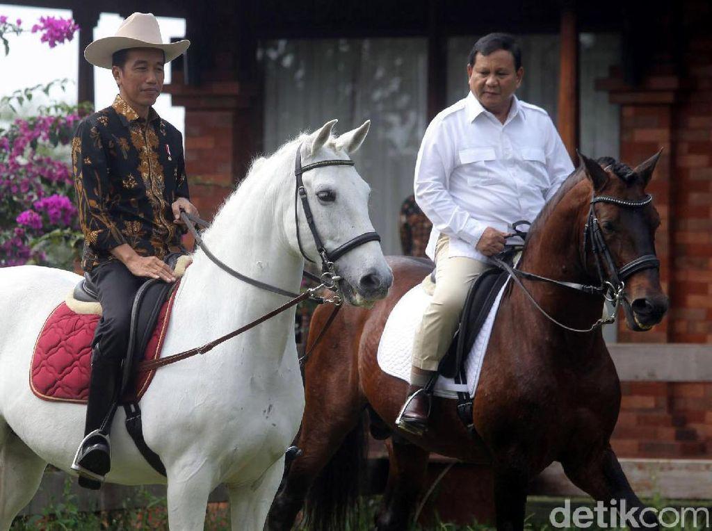 Indo Barometer: Di Jatim, Elektabilitas Jokowi 58,8% dan Prabowo 23,6%