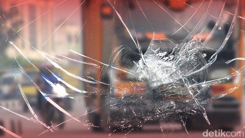 Kecelakaan Truk, Lalu Lintas di Tol Cikampek Arah Jakarta Macet
