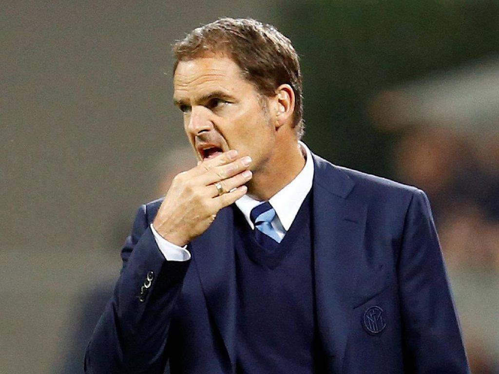 Frank De Boer Negatif Corona, tapi Ingin Positif Agar Kebal