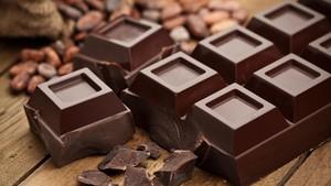 Makan Cokelat Hitam Seminggu Sekali Baik untuk Jantung