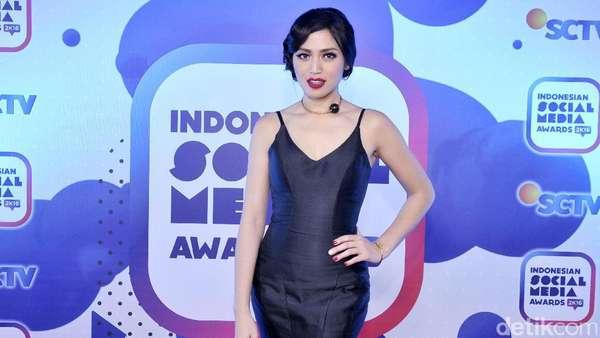 Penampilan Jessica Iskandar Bikin Pria Terperangah