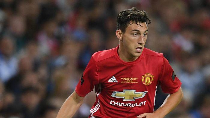 Bek kanan Manchester United Matteo Darmian terus merapat ke Juventus di bursa transfer musim panas ini. (Foto: Michael Regan/Getty Images)