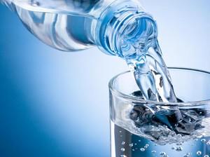 Agar Tak Kekurangan Cairan, Ini Cara Mengatur Kebutuhan Air Minum Harian
