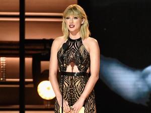 Duh! Taylor Swift Dikabarkan Hamil