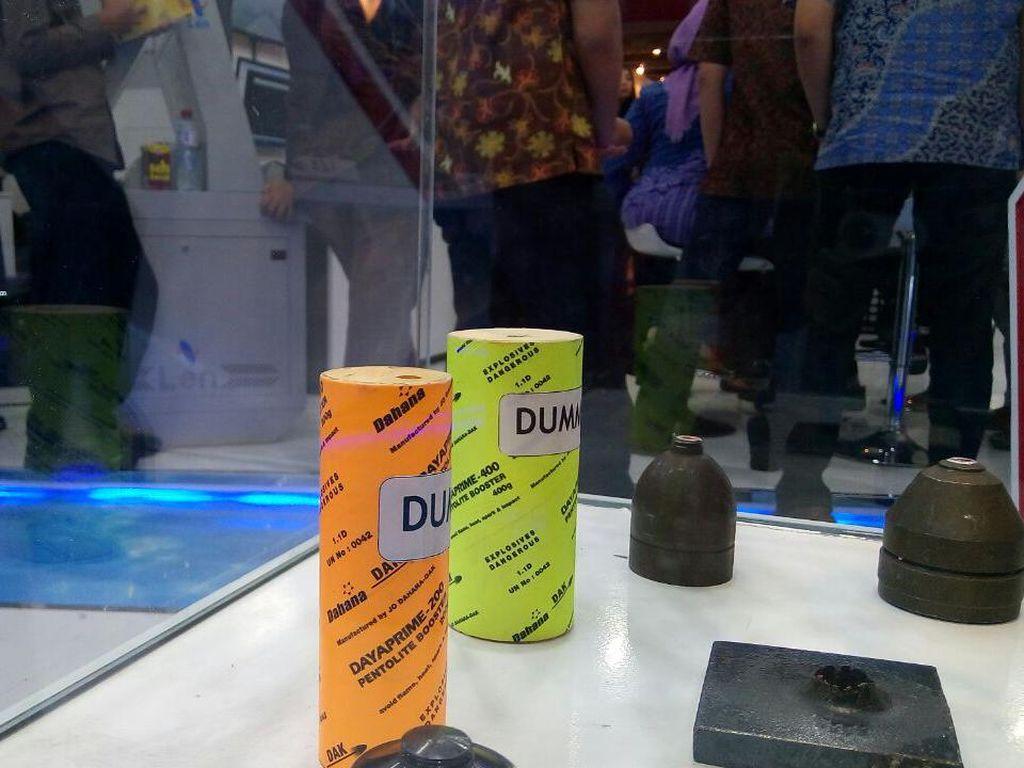 Kecil Cabai Rawit, Dinamit  Made In Subang Bisa Bikin Lubang Sedalam 10 Meter