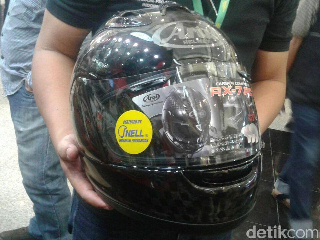 Helm Seharga Motor Sport
