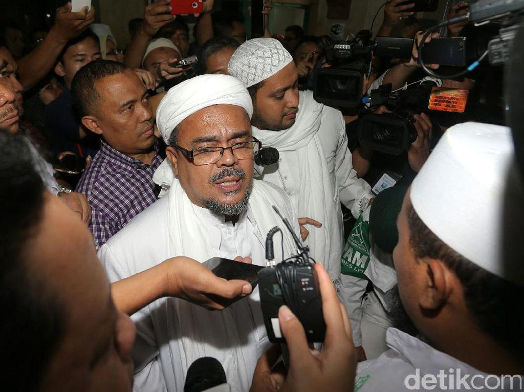Habib Rizieq Ingatkan Penyebar Fotonya: Bisa Kena Pancung