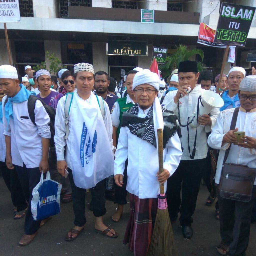 Ribuan Santri Daarut Tauhiid akan Berangkat Nanti Malam ke Jakarta Pakai 50 Bus