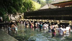 Mengenal Pura Tirta Empul yang Dikunjungi Obama di Bali