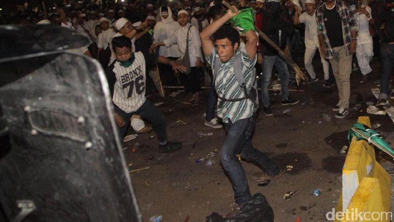 Polisi: Ismail Perusuh Demo 4 November Ditangkap Di Rumah Anggota DPD