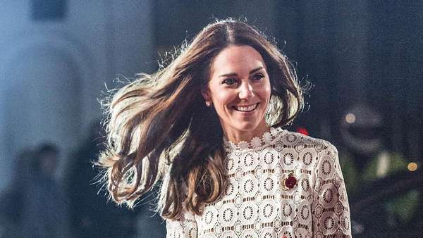 Wuzz..Dress Kate Middleton Tersibak Angin
