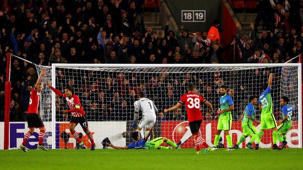 Comeback, Southampton Kalahkan Inter 2-1