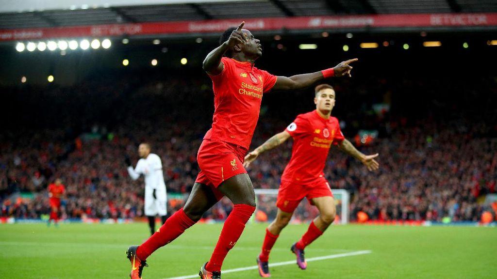 Liverpool Rebut Puncak Klasemen Usai Lumat Watford 6-1