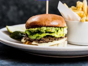 Hari Ini <i>Impossible Burger</i> dari <i>Silicon Valley</i> Bisa Dicicipi Gratis