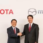 Toyota dan Mazda Kembangkan Mobil Listrik Bersama?