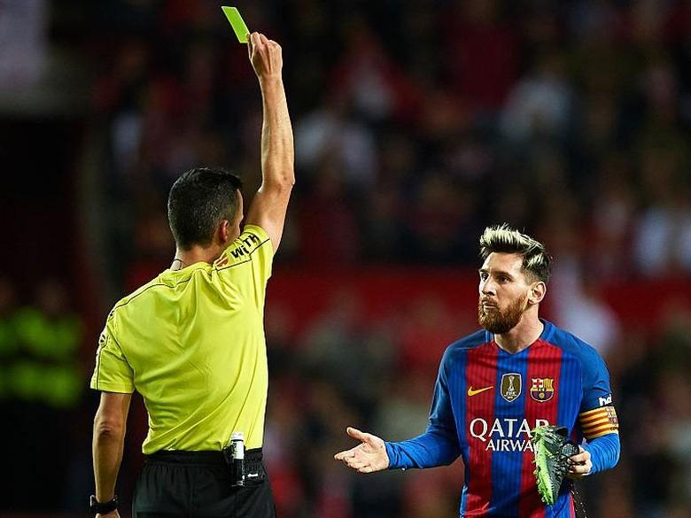 Messi Naik Banding Kartu Kuning Kepada Wasit dan Ditolak