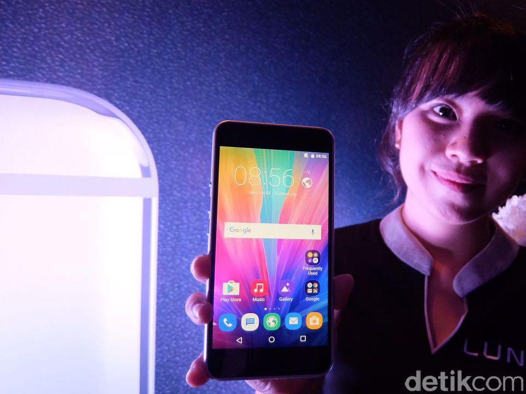 Luna Foxconn: Wujud iPhone Rasa Android