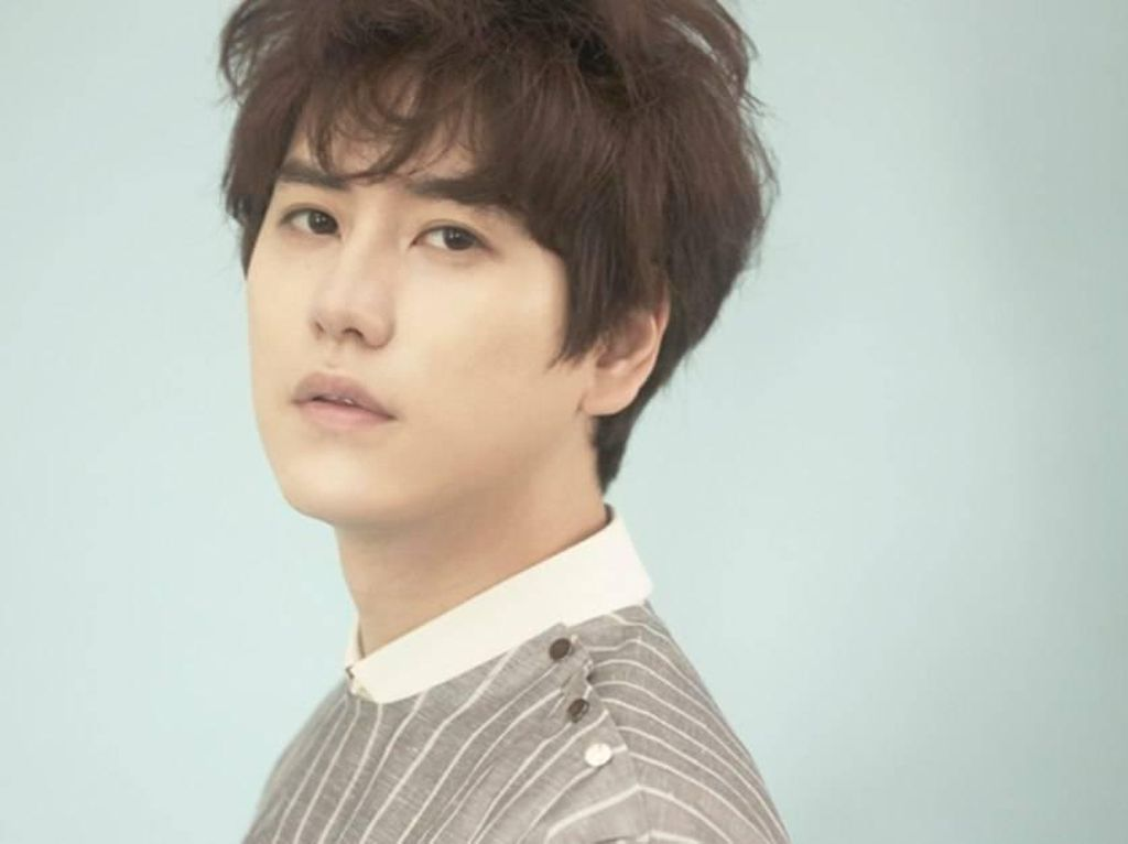 Tampil Perdana Usai Wamil, Kyuhyun Bocorkan Proyek Baru Super Junior