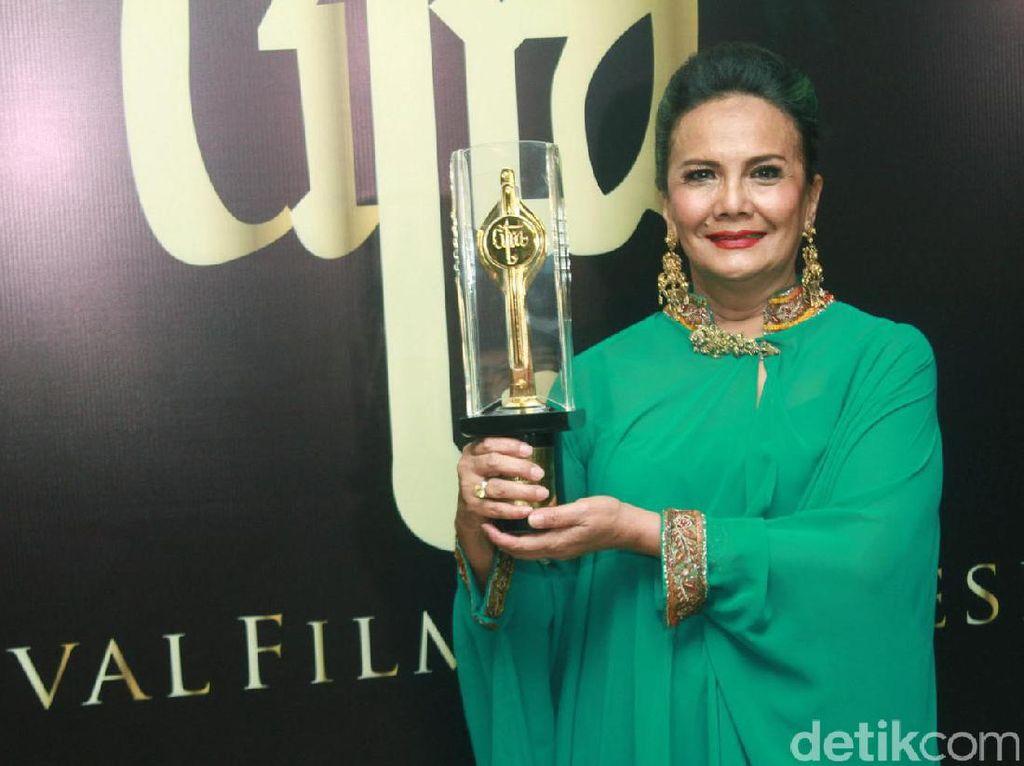 Pengalaman Pertama Christine Hakim Main Film Pendek