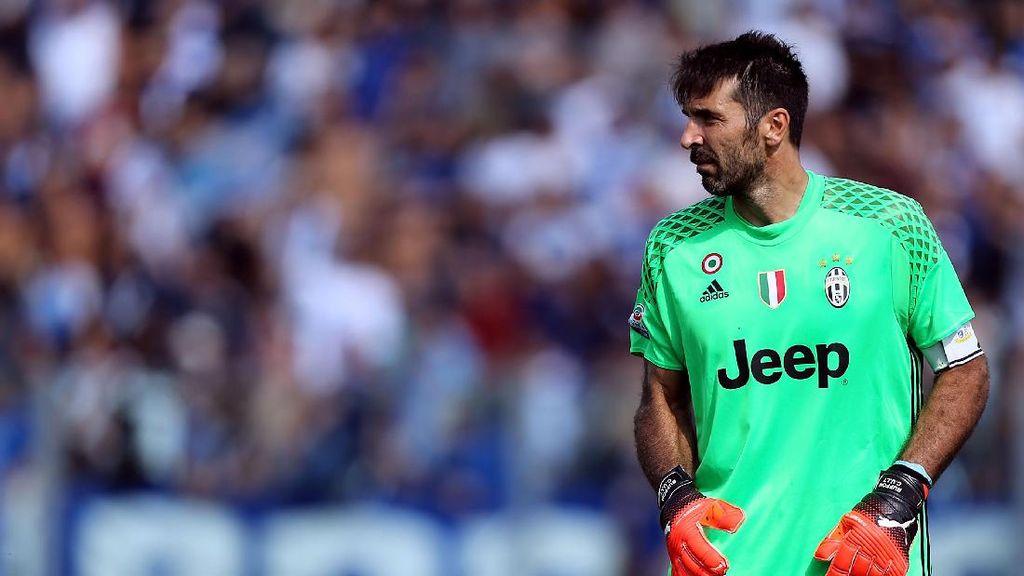 Angka-Angka Menarik dalam Karier Buffon